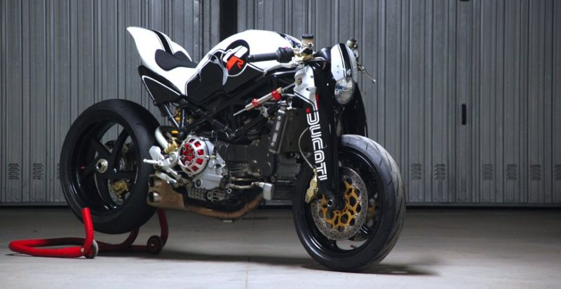 https://thegaragecafe.files.wordpress.com/2013/06/07ec4-ducati_monster_ms4r_custom_3.jpg