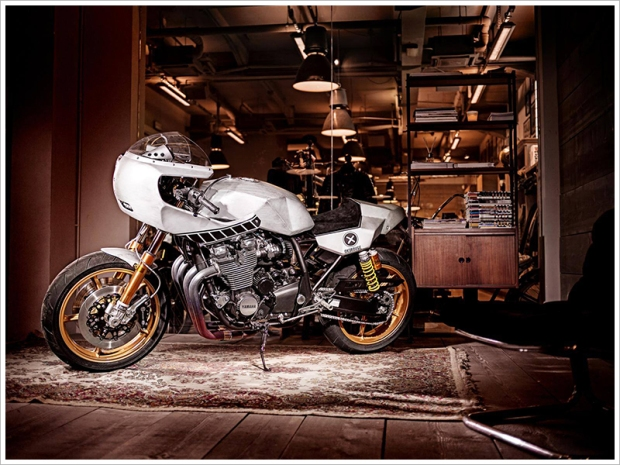 Yamaha XJR1300 'Eau Rouge' by Deus Ex Machina